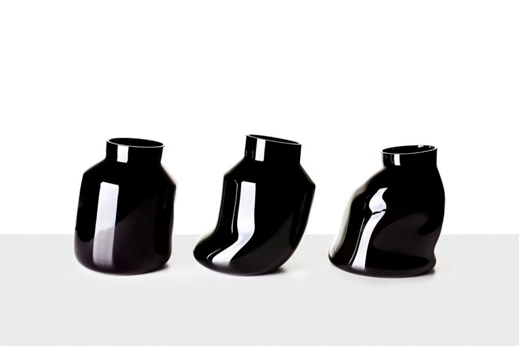 vases melting